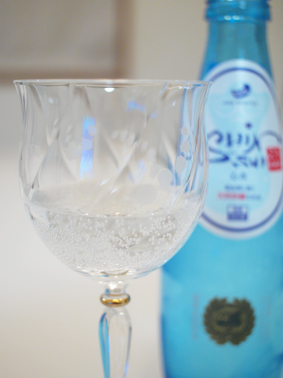 微発泡な炭酸水