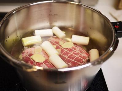 煮豚つくりまーす