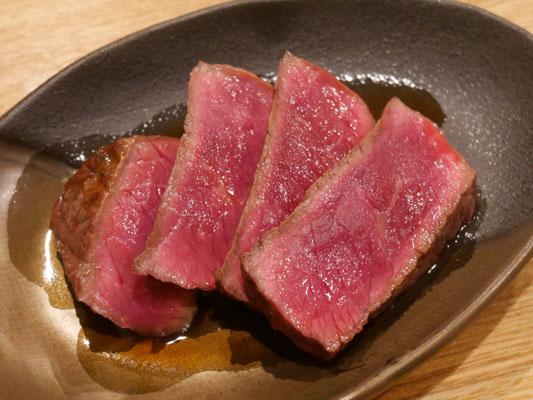 肉山 本八幡 馬のモモ肉