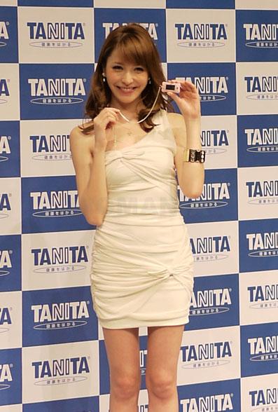 イメージキャラクターは藤井リナさん