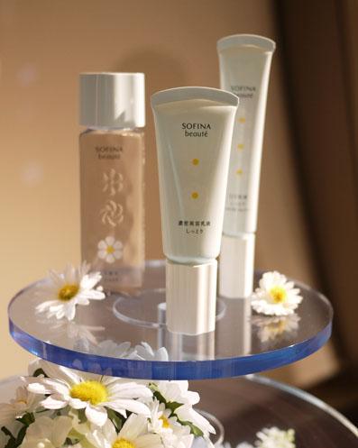 化粧水、濃密美容乳液、UV乳液