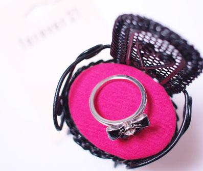 150円の指輪