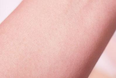 自然なツヤ肌