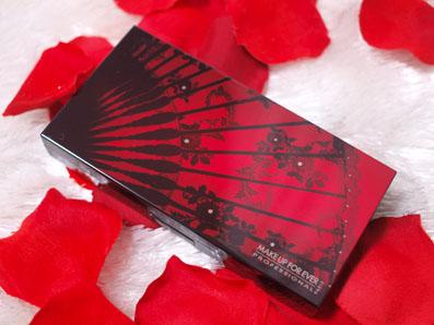 2012年秋コレクション 「ブラックタンゴ」