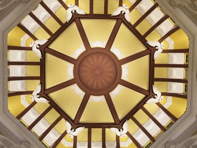 丸の内北口の天井