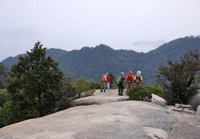 駒ヶ林の大岩