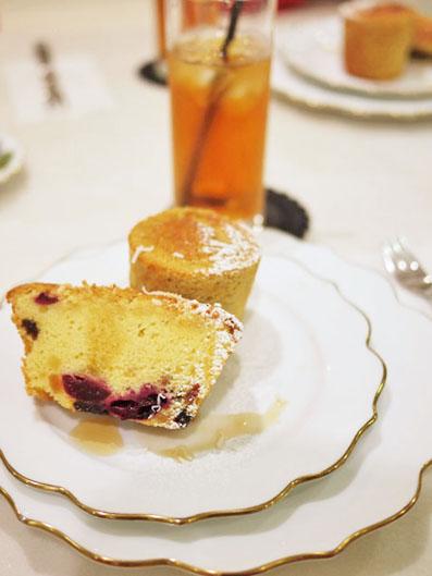 黒糖バナナのカップケーキとバターケーキ