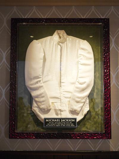 マイケル・ジャクソンのシャツ