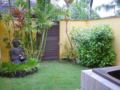 部屋付きのお庭