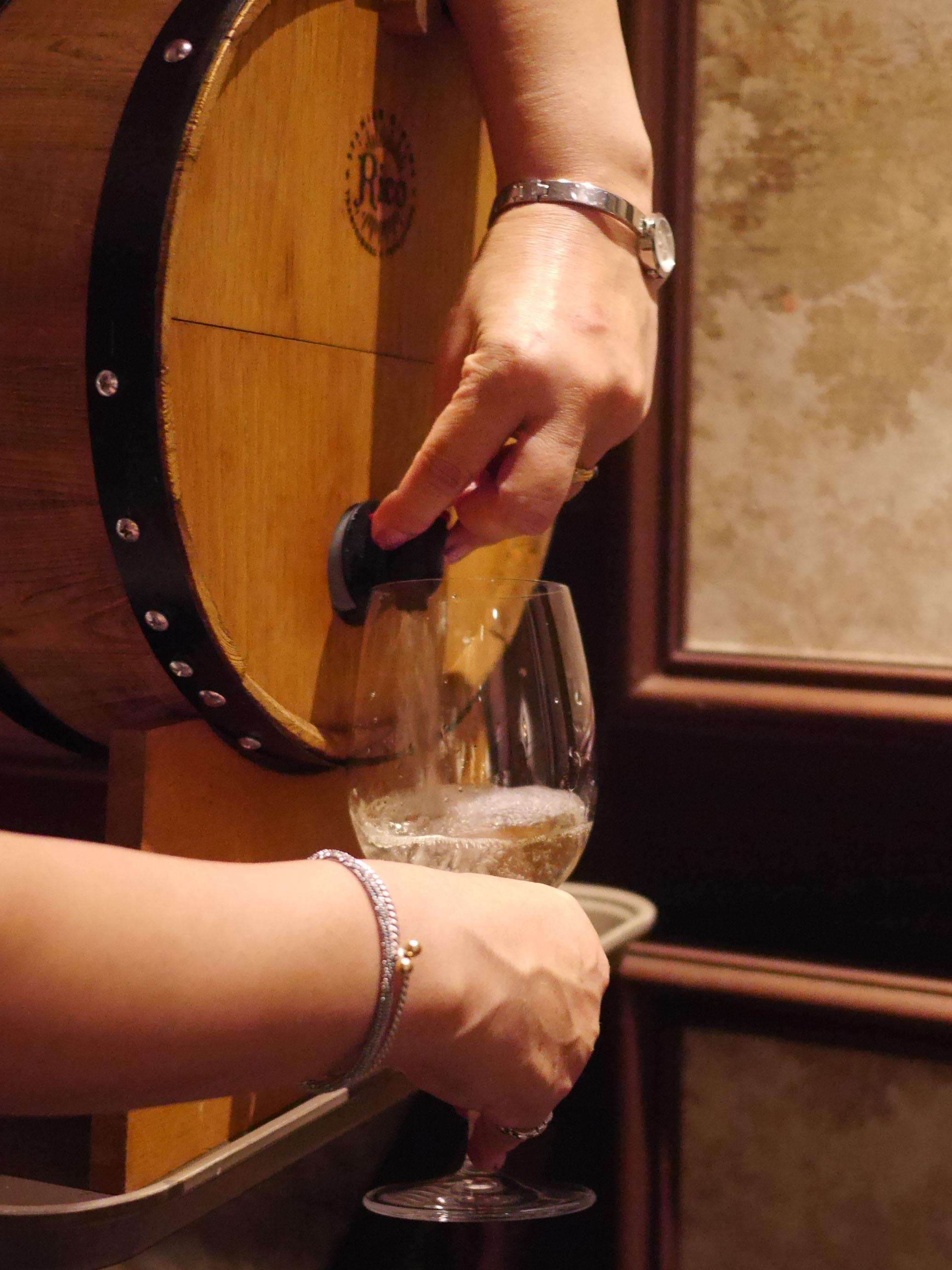 ワイン樽のみ