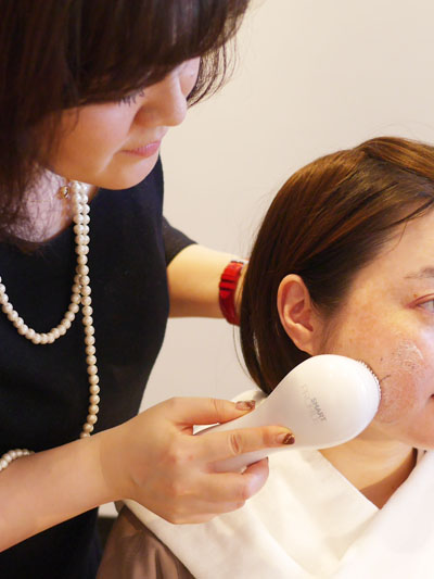 肌が弱いひとでも使える音波洗顔器クラリソニック