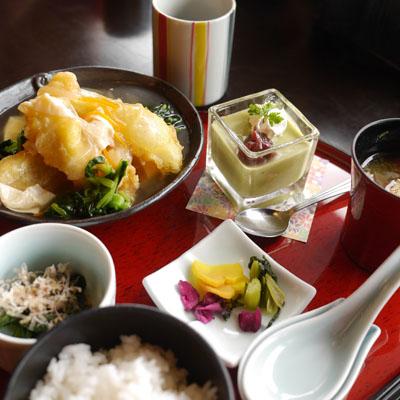 スパラクーア 穴子と揚げ豆腐の湯葉あんかけ膳