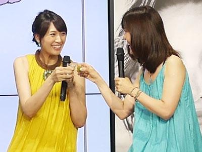 浅尾さんと安部さんもカンパイ