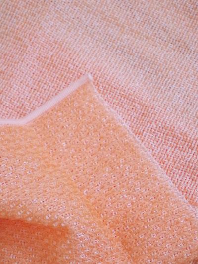 トウモロコシを原料としたポリ乳酸繊維を100%使用