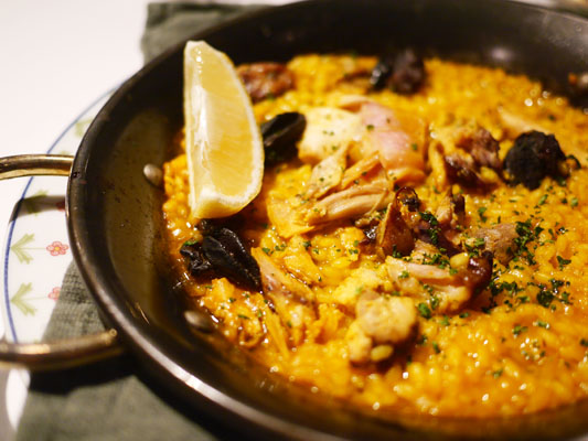 新宿スペイン料理 ガルロチ パエリア