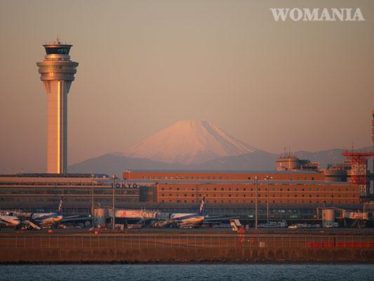 富士山と羽田ッ空港