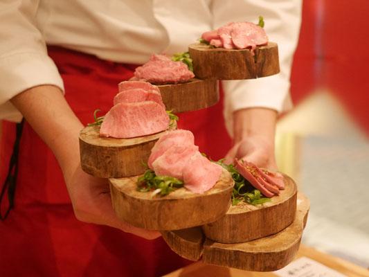 津田沼 焼肉寿司 肉刺し