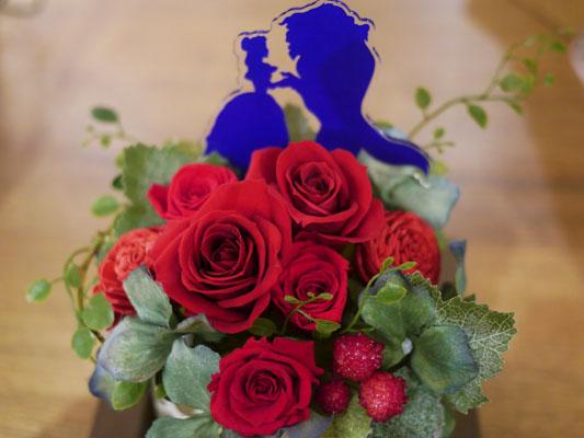 日比谷花壇の美女と野獣フラワーギフト レビュー