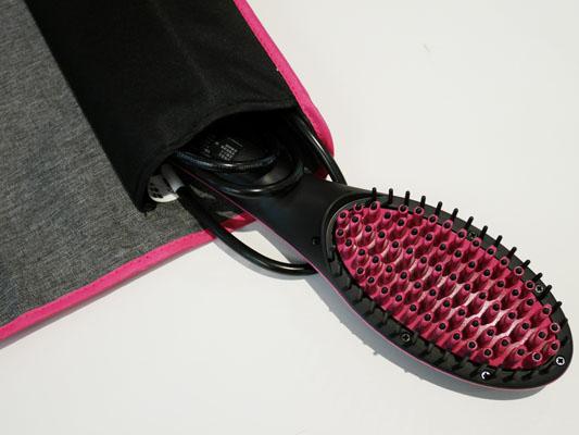 ブラシ型ヘアアイロン「シンプリーストレート」トラベルケース(収納袋)付き