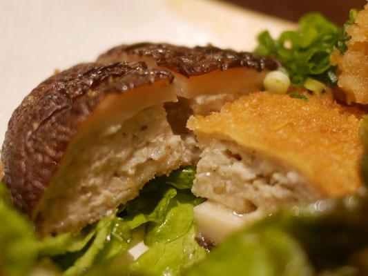 すぎのこ 栃木産椎茸の肉詰め