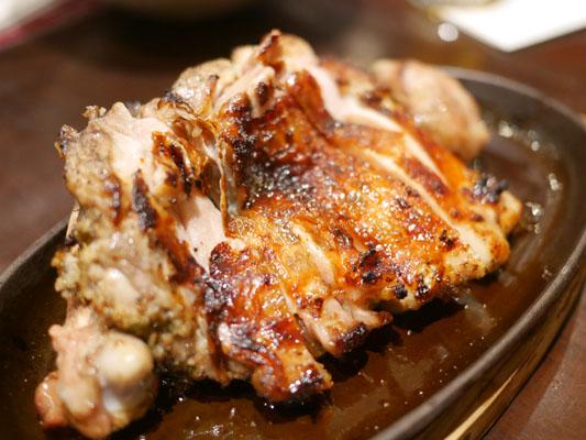 すぎのこ 霧島鶏の骨付き鶏もも一本焼き