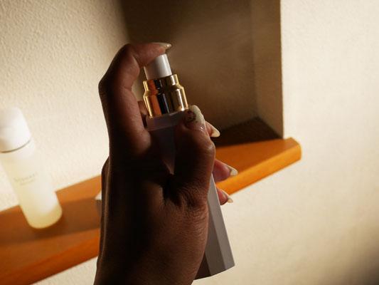 水素発生美顔器「bisosui(びそすい)」レビューブログ 水素美容液