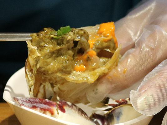 ハヌリ 新宿歌舞伎町ゴジラ通り店 かに味噌もたっぷり