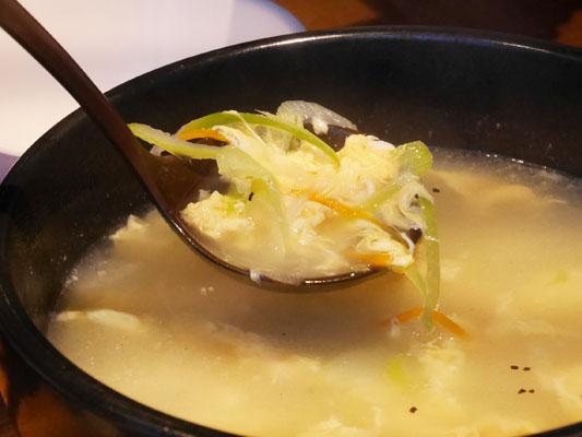 ハヌリ 新宿歌舞伎町ゴジラ通り店 牛骨玉子スープ