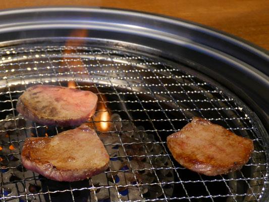 ハヌリ 新宿歌舞伎町ゴジラ通り店 焼肉 牛タン やわらかい