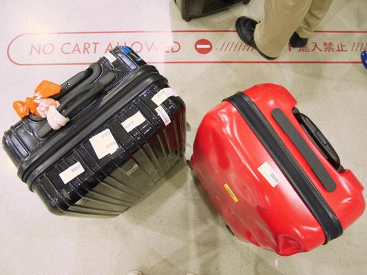 クラッシュバゲージ 他のスーツケースと比較