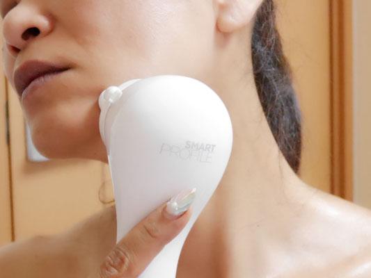 クラリソニック 美顔器 頬の引き上げケア