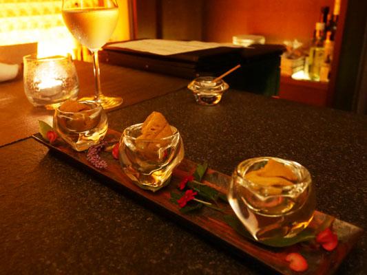 広尾 海栗バー つきひ 季節の生雲丹の食べ比べ 3種