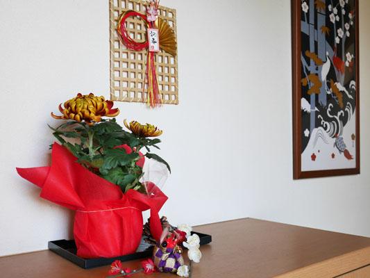 玄関の正月飾り シンプル