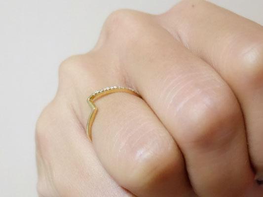 SIENA ROSE(シエナロゼ)数字デザイン 指輪 着画像