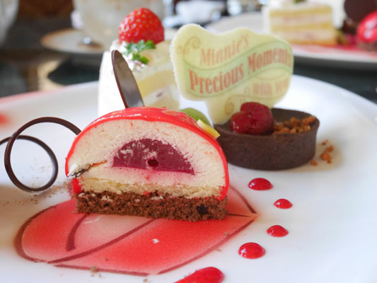 東京ディズニーランドホテル ミニーのアフタヌーンティー ミッキーのフロマージュブランのムース