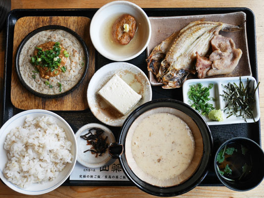 箱根自然薯の森 自然薯専門店「山薬」 至高の昼ご飯