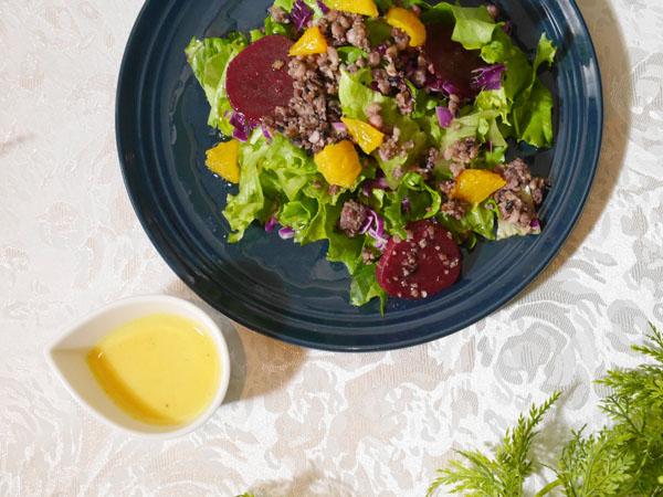 ビーツとオレンジの雑穀サラダ