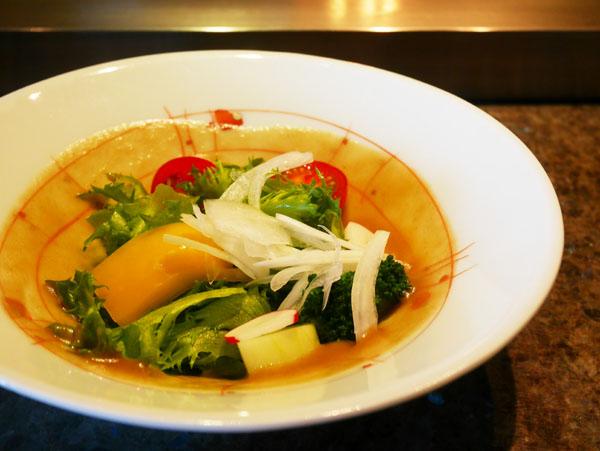 神戸オリエンタルホテル 鉄板焼きランチ コース サラダ