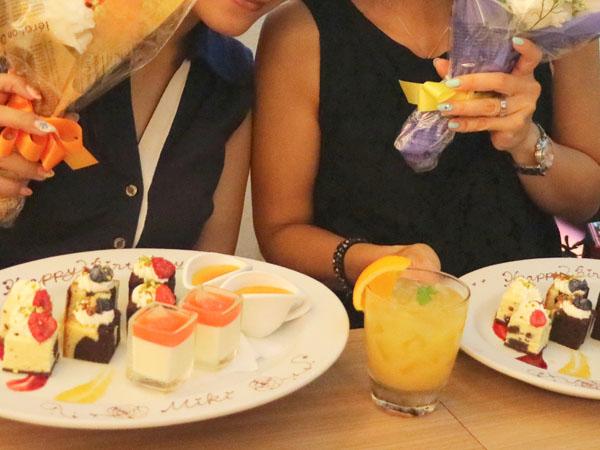 サラベス東京 ディナー 特選4種デザート盛り合わせ
