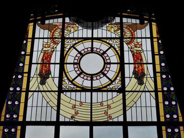 大阪観光 大阪市中央公会堂 ガイドツアー 特別室 ステンドグラス