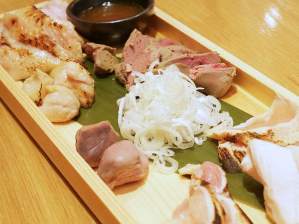 焼鳥 本田商店 オススメ 鶏刺し7種盛り合わせ