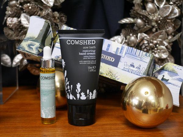 COWSHED(カウシェッド)クリスマスコフレ カウシェッドクラッカー