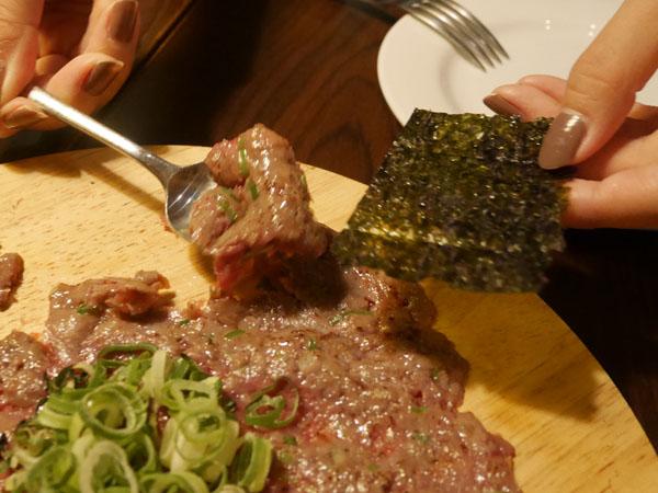 赤坂見附 肉バル Meet Meats 5バル 炙り 和牛ユッケのなめろう