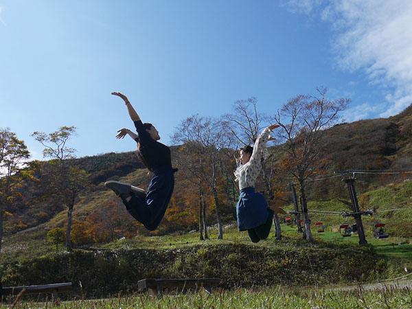水上温泉 観光 谷川岳ロープウェイ 天神平でジャンプ