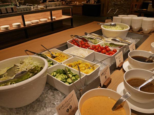 みなかみホテルジュラク リニューアル 宿泊・食事レポート KAWATONE サラダ