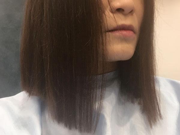 髪を30�以上切りました