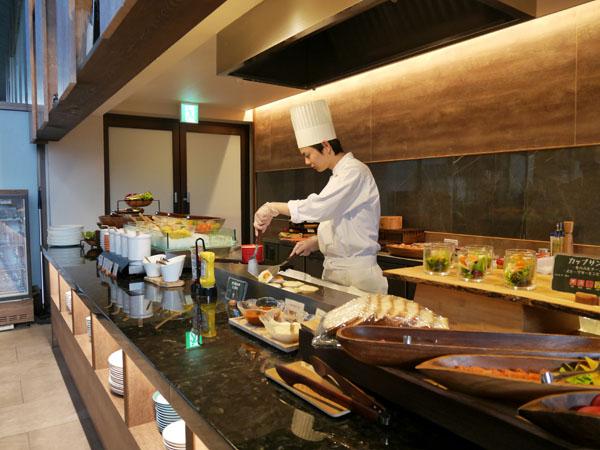 那須高原 温泉ホテル ザ・キー・ハイランド・ナス 朝食ブッフェ 目玉焼き