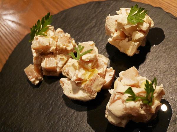 代官山・恵比寿 糖質制限レストラン ニコキッチン 宮崎燻製たくあんのいぶりがっこクリームチーズ