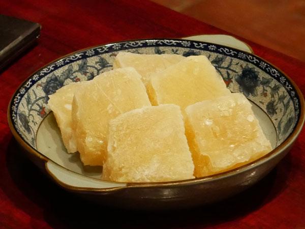 白金高輪 火鍋 三田 正宗四川二色火鍋コース 凍り豆腐