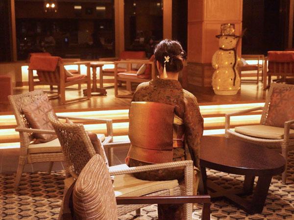 水上温泉 群馬 ホテル みなかみホテルジュラクで着物を着てみた 山岡古都 小紋
